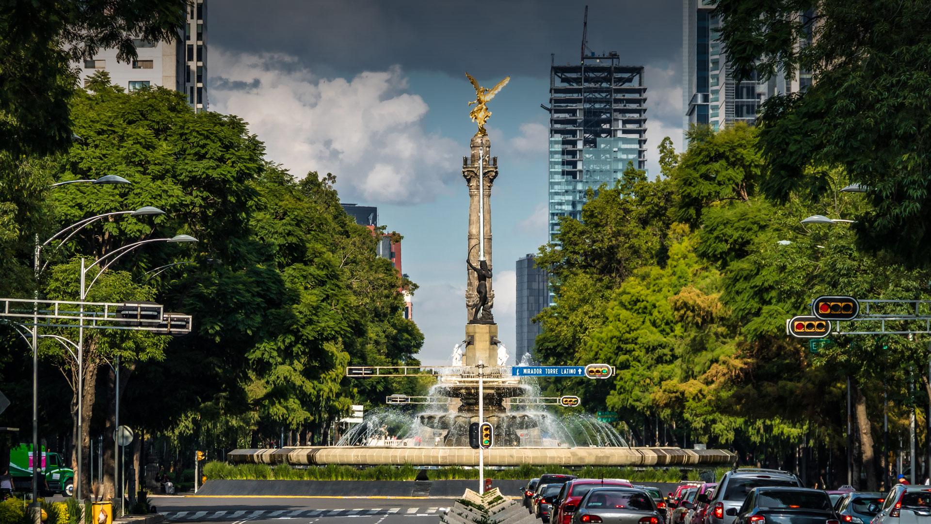 Advising <br /> Latin America